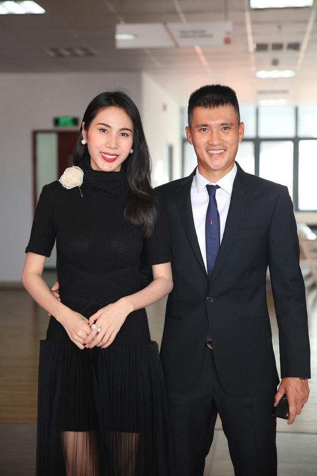 Cuộc chiến giữa bà Phương Hằng với showbiz Việt: Loạt sao hạng A bị réo tên, công an vào cuộc, liệu đã đến hồi kết? - Ảnh 16.