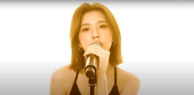 Visual vi diệu của tân binh 2k4 nhà JYP: Được khen là hậu duệ Ryujin nhưng nhìn giống cả Joy, Suzy lẫn Cúc Tịnh Y? - Ảnh 2.
