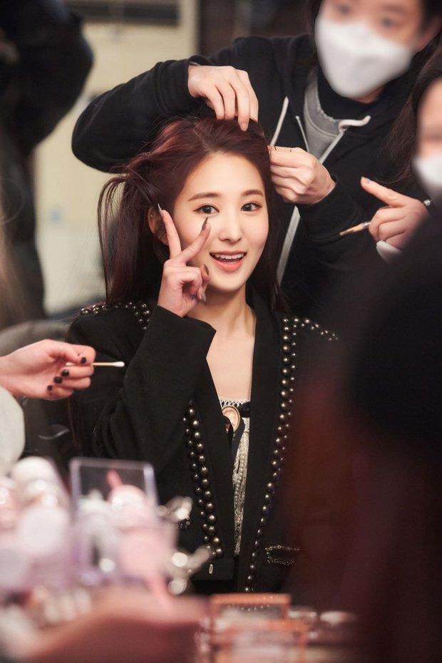 Tân binh là em họ Yuri (SNSD) sở hữu ngoại hình giống cả Kpop: Từ Sana (TWICE), đến Irene, Wendy (Red Velvet) đủ hết - Ảnh 5.