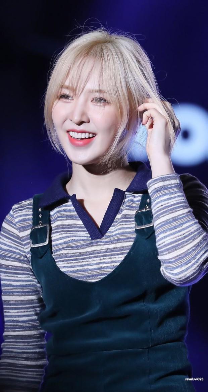 Tân binh là em họ Yuri (SNSD) sở hữu ngoại hình giống cả Kpop: Từ Sana (TWICE), đến Irene, Wendy (Red Velvet) đủ hết - Ảnh 9.