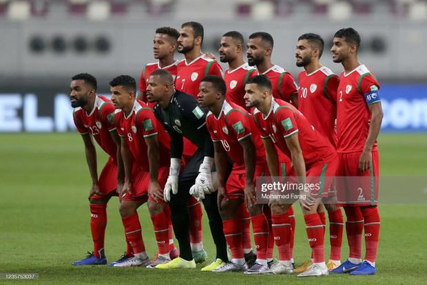 Tuyển Oman dùng lợi nhuận thu được từ trận gặp đội tuyển Việt Nam để ủng hộ vùng thiên tai - Ảnh 1.