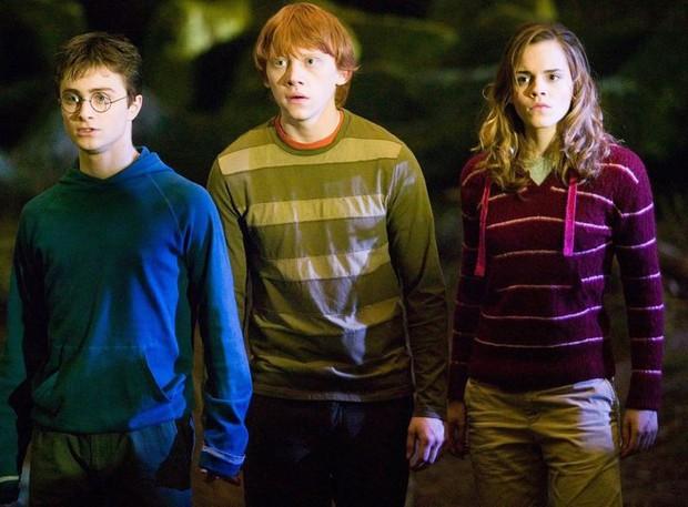 5 lần Harry Potter úp mở trước nội dung qua trang phục nhân vật: Tiểu tiết thánh soi mới để ý được, đọc đến cuối suýt chảy nước mắt! - Ảnh 1.