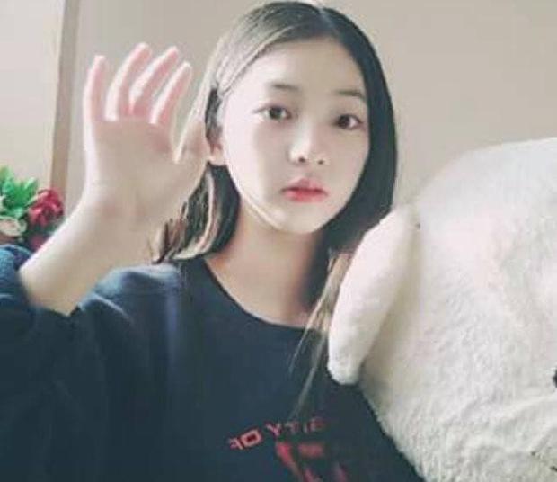 So kè ảnh pre-debut của visual ITZY và aespa: Yuna nhan sắc khó tìm ở phố đi bộ, Karina xinh có tiếng nhưng bị nghi dao kéo? - Ảnh 21.
