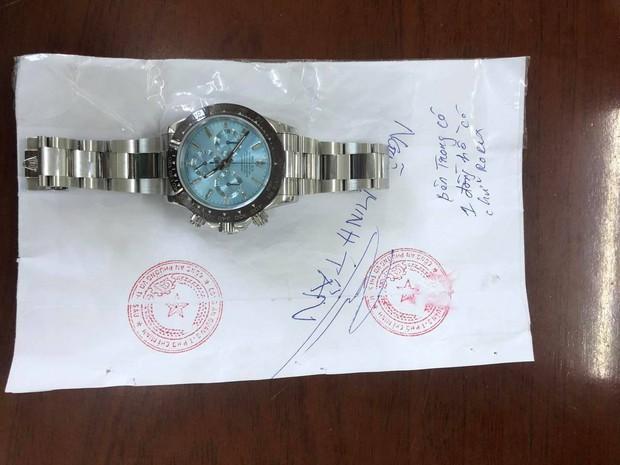 TP.HCM: Đến nhà bạn trai thấy đồng hồ Rolex trị giá 2 tỷ đồng, cô gái đặt mua hàng fake 15 triệu để đánh tráo - Ảnh 2.