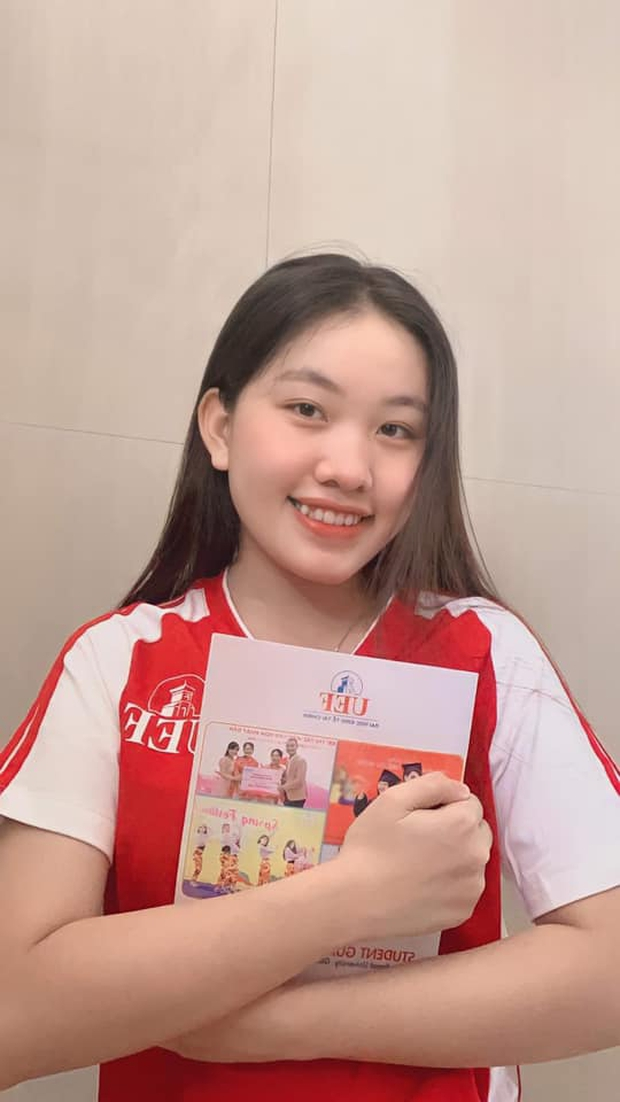 Giữa ồn ào Hồ Văn Cường, con gái nuôi Phi Nhung nói một câu khiến dân mạng nghẹn lòng - Ảnh 2.