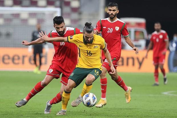 HLV Oman: Chúng ta cần ghi bàn thắng phủ đầu, ĐT Việt Nam rất nguy hiểm ở hiệp hai - Ảnh 2.