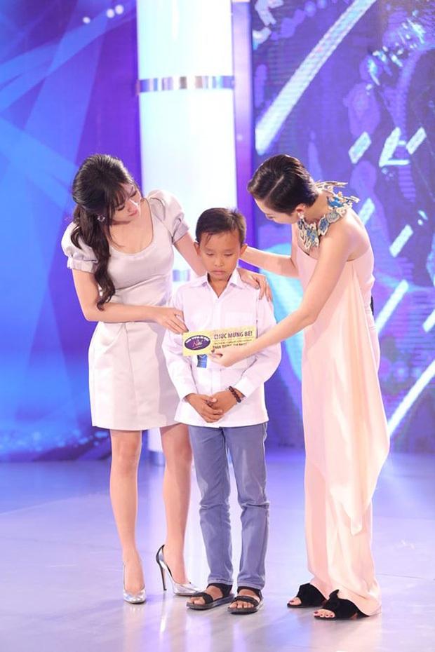 Hồ Văn Cường - hiện tượng Vietnam Idol Kids: Đứng nhất tất cả các tuần, chiến thắng với tỉ lệ áp đảo gần 60%! - Ảnh 3.