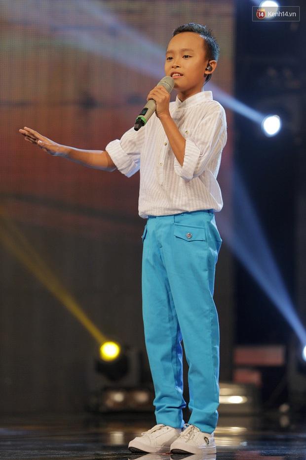 Hồ Văn Cường - hiện tượng Vietnam Idol Kids: Đứng nhất tất cả các tuần, chiến thắng với tỉ lệ áp đảo gần 60%! - Ảnh 4.
