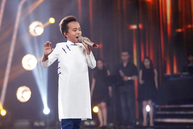 Hồ Văn Cường - hiện tượng Vietnam Idol Kids: Đứng nhất tất cả các tuần, chiến thắng với tỉ lệ áp đảo gần 60%! - Ảnh 9.