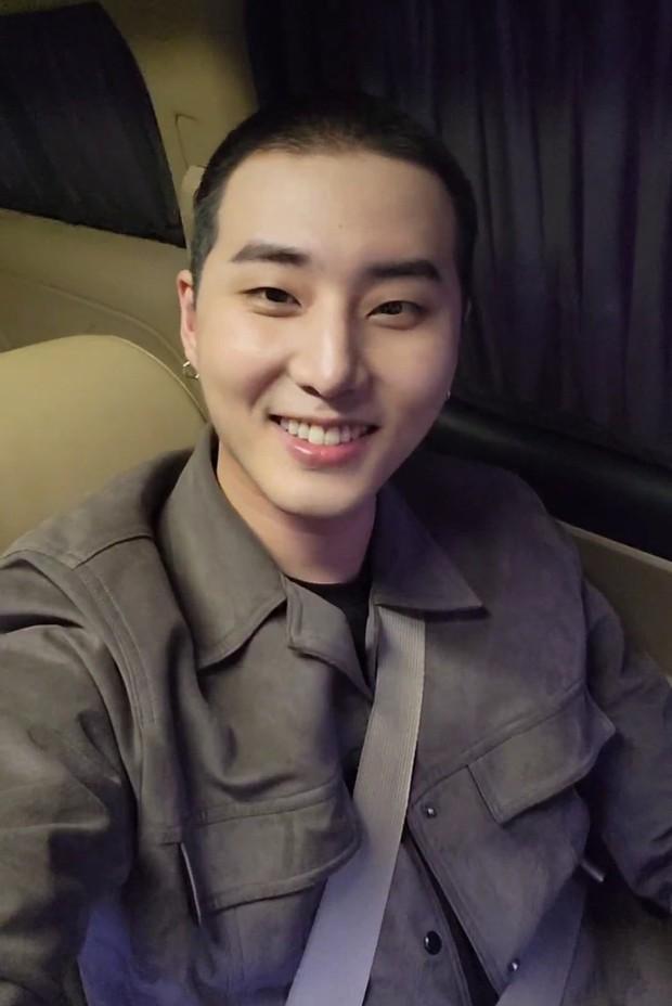 Nhập ngũ phiên bản học bá: Kpop có idol đầu tiên bước chân vào hàng ngũ quân đội danh giá, không phải ai muốn vào là được! - Ảnh 5.