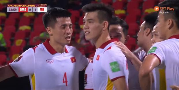 Xem video pha chớp cơ hội cực nhanh của Tiến Linh giúp Việt Nam dẫn trước 1-0 - Ảnh 2.