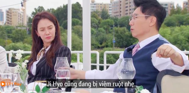 Fan lo sốt vó khi mợ ngố Ji Hyo nhợt nhạt trên Running Man, liên tục ôm bụng vì viêm ruột - Ảnh 3.