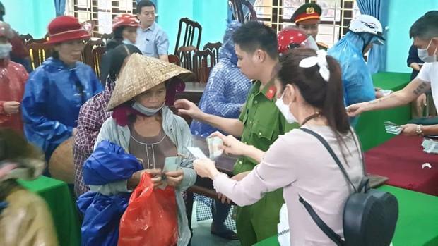 Quảng Nam báo cáo Bộ Công an việc từ thiện của ca sĩ Thủy Tiên: Hoàn toàn minh bạch, rõ ràng - Ảnh 2.