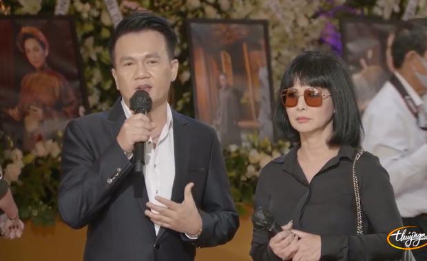 Tang lễ cố ca sĩ Phi Nhung ở Mỹ: Việt Hương khóc nức nở trong vòng tay Wendy Phạm, tiết lộ di nguyện cuối cùng của cố nghệ sĩ - Ảnh 23.