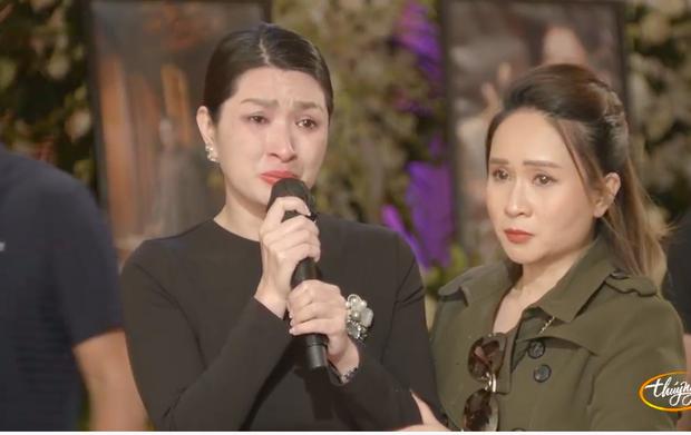 Tang lễ cố ca sĩ Phi Nhung ở Mỹ: Việt Hương khóc nức nở trong vòng tay Wendy Phạm, tiết lộ di nguyện cuối cùng của cố nghệ sĩ - Ảnh 22.