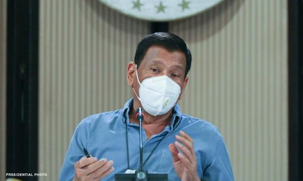 Tổng thống Philippines đề xuất đột nhập vào nhà dân, tiêm lén vaccine COVID-19 khi đang ngủ - Ảnh 2.