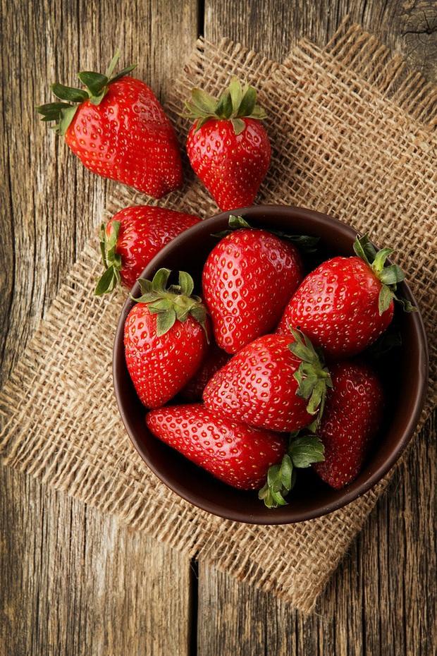 10 loại rau quả có chứa nhiều thuốc bảo vệ thực vật nhất lại toàn là món ngon thường xuyên xuất hiện trong bữa cơm của mỗi gia đình - Ảnh 3.