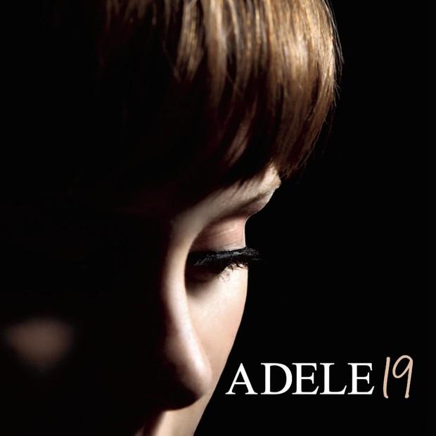 Adele tung bìa album đơn giản quá khiến fan than trời: Chị có thể make it complicated hơn được khum? - Ảnh 2.