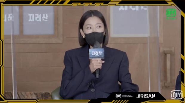 Sự kiện toàn cầu hot nhất hôm nay: Jeon Ji Hyun hở bạo khoe body khó tin, thái tử Joo Ji Hoon lần đầu hé lộ quan hệ với mợ chảnh - Ảnh 13.