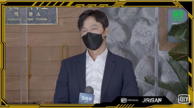 Sự kiện toàn cầu hot nhất hôm nay: Jeon Ji Hyun hở bạo khoe body khó tin, thái tử Joo Ji Hoon lần đầu hé lộ quan hệ với mợ chảnh - Ảnh 14.