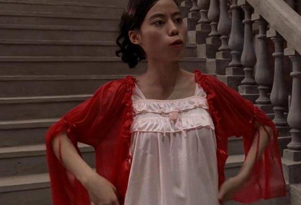 Nữ diễn viên xấu nhất xứ Trung lộ ảnh hiếm đẹp sốc xỉu ngoài đời, từng yêu thầm bạn diễn mà bị say no phũ phàng? - Ảnh 2.