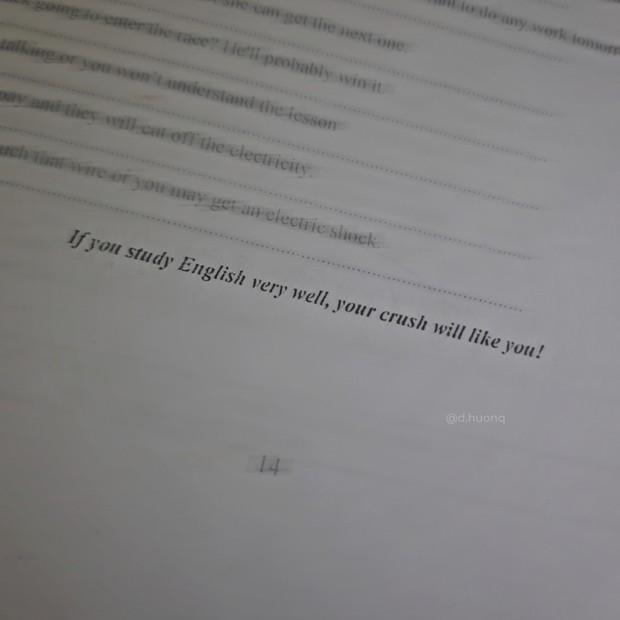 Cô giáo ra đề Tiếng Anh không quên thêm 1 câu cà khịa, học trò đọc xong chỉ muốn nhanh được 10 điểm - Ảnh 1.