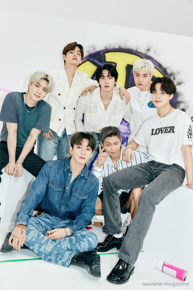 Doanh số album Nhật của các nhóm Kpop năm 2021: BTS và dàn gà HYBE thống trị, girlgroup duy nhất có mặt không phải BLACKPINK - Ảnh 1.