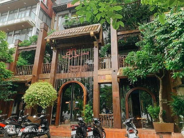 Các khu phố cà phê ở Hà Nội tưng bừng mở lại, ngồi chill ngày mưa xin chấm 10 điểm lãng mạn! - Ảnh 12.