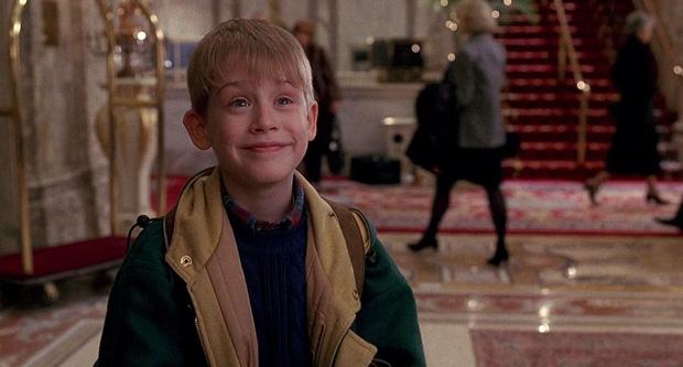 Huyền thoại Home Alone ra mắt phần mới mới nhưng netizen lao vào chửi vì một lý do, buồn nhất là chia sẻ từ cậu bé Macaulay Culkin năm nào - Ảnh 8.