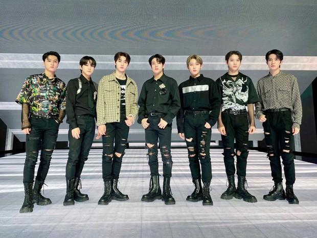 Doanh số album Nhật của các nhóm Kpop năm 2021: BTS và dàn gà HYBE thống trị, girlgroup duy nhất có mặt không phải BLACKPINK - Ảnh 5.