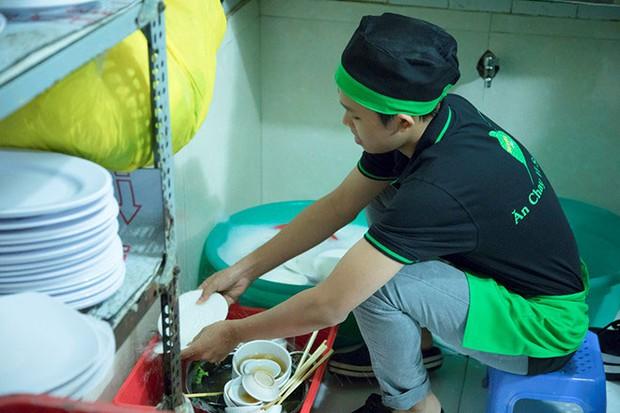 Từng phẫn nộ đến mức đánh sập nhà hàng chay của NS Phi Nhung trên Google, nhiều netizen quay xe hối hận đánh giá lại 5 sao! - Ảnh 3.