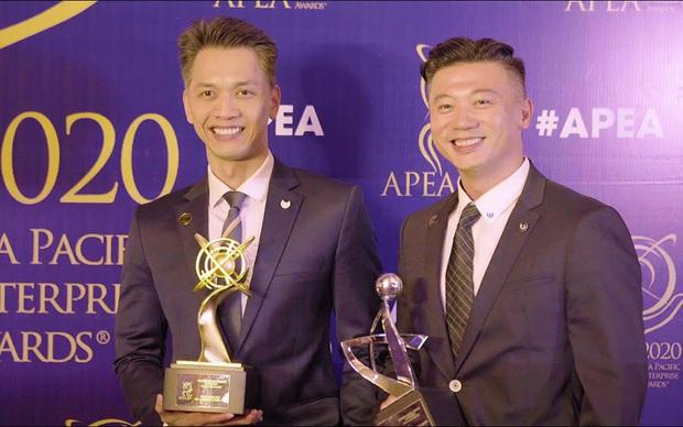 Profile cực xịn của Giám đốc nhân sự ACB: Cánh tay đắc lực của Chủ tịch Trần Hùng Huy, học vấn khủng và từng là MC nổi tiếng của VTV  - Ảnh 2.