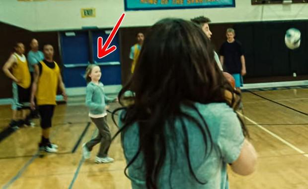 9 lỗi sai siêu lố trong Twilight khiến fan kêu trời kêu đất: Ảo lòi thế này mà qua mặt được bao nhiêu người! - Ảnh 3.