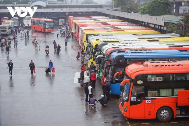 Đã có 15 địa phương đồng ý thí điểm mở lại vận tải khách liên tỉnh - Ảnh 1.