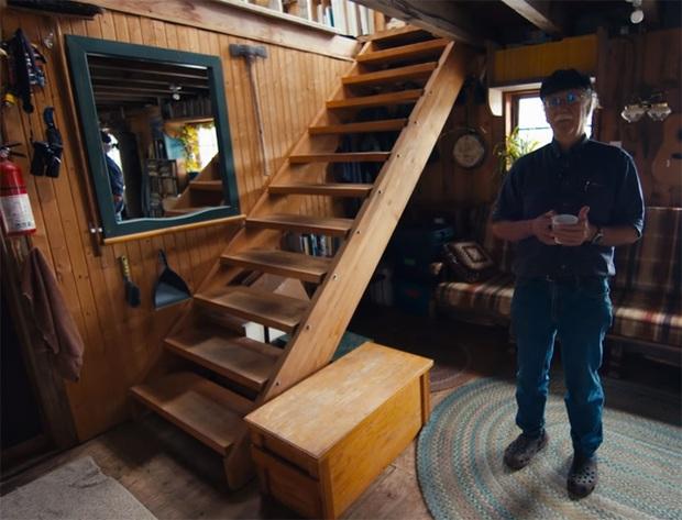 Ông lão mua một căn nhà rộng 70m2 trên mặt nước, sống nhàn nhã một mình hơn 30 năm: Không bị vật chất bó buộc, thế giới tinh thần trở nên phong phú hơn! - Ảnh 21.