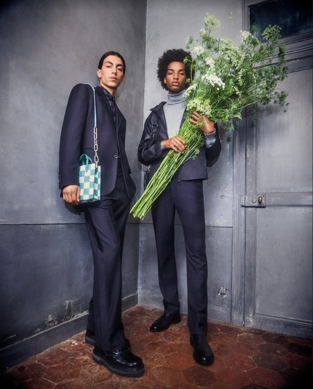 BST Louis Vuitton Mùa Thu 2021: Cảm hứng thời trang mạnh mẽ đến từ tấm thiệp hơn 100 năm trước - Ảnh 7.