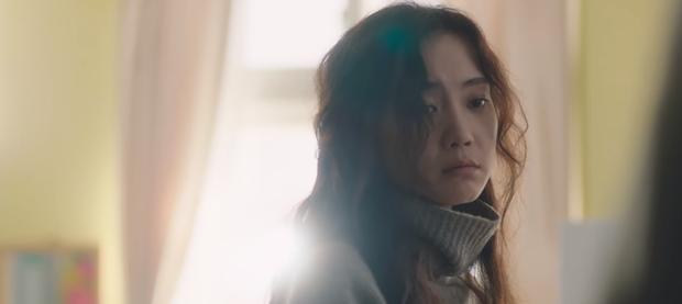 Netizen sốc visual nữ chính Hospital Playlist ở phim mới, thêm vai diễn dị dị xem nổi cả da gà - Ảnh 9.