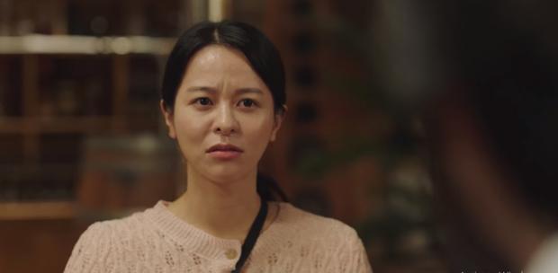 Ngã ngửa với nhan sắc thật của dàn cast Hometown Cha-Cha-Cha: Shin Min Ah lép vế nữ phụ, trùm cuối gây sốc cực mạnh - Ảnh 8.