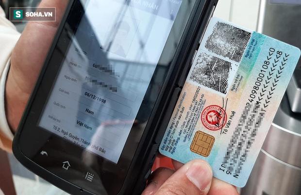Trung tướng Tô Văn Huệ: 76 triệu thẻ CCCD sẽ được tích hợp thông tin tiêm chủng, bằng lái xe, có thể thay hộ chiếu đi khắp thế giới - Ảnh 1.