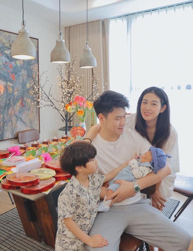 Đăng đàn xin lỗi vì quát vợ làm mình dậy giữa đêm, chồng Trang Lou nói gì mà khiến netizen tranh cãi dữ dội? - Ảnh 3.