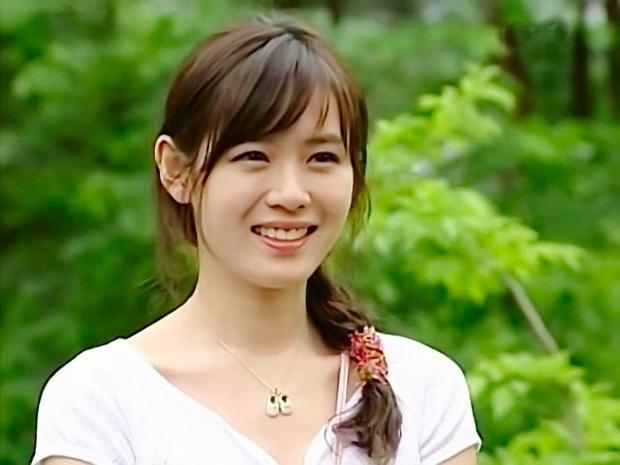 """Thế nào là """"tình đầu quốc dân""""? Đây là những khoảnh khắc kinh diễm giúp dàn nữ thần Hàn có được danh hiệu này - Ảnh 15."""