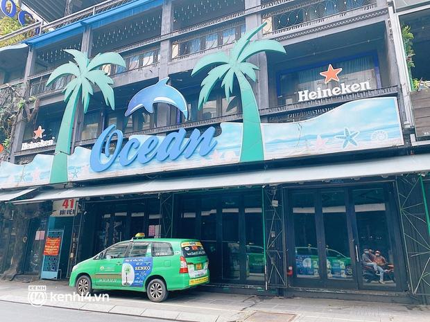 Chuyện khó tin ở Sài Gòn: Tụ điểm bar pub hot nhất nay đã trở thành chỗ bán rau? - Ảnh 6.
