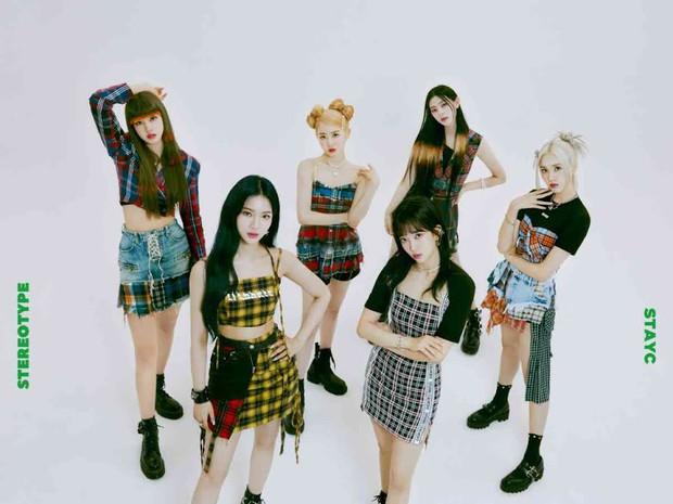 Lượt tẩu tán album Kpop tháng 9: ITZY bị chê đủ kiểu vẫn lọt top đầu, Lisa (BLACKPINK) ngậm ngùi đứng sau 1 cái tên - Ảnh 6.