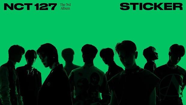 Lượt tẩu tán album Kpop tháng 9: ITZY bị chê đủ kiểu vẫn lọt top đầu, Lisa (BLACKPINK) ngậm ngùi đứng sau 1 cái tên - Ảnh 15.