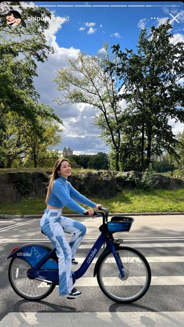 Mới sáng sớm Chi Pu đã gây sốc visual với màn đạp xe giữa trời Thu New York, vòng 2 bé xíu lộ rõ vẫn là tâm điểm chú ý! - Ảnh 2.