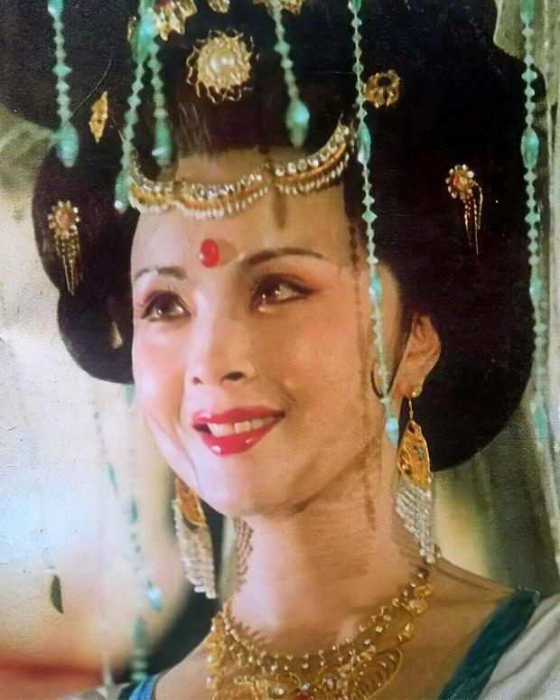 Cbiz nhận tin dữ: Dương Quý Phi đẹp nhất màn ảnh xứ Trung qua đời, nhan sắc kinh diễm thuở sinh thời khiến fan xót xa - Ảnh 7.