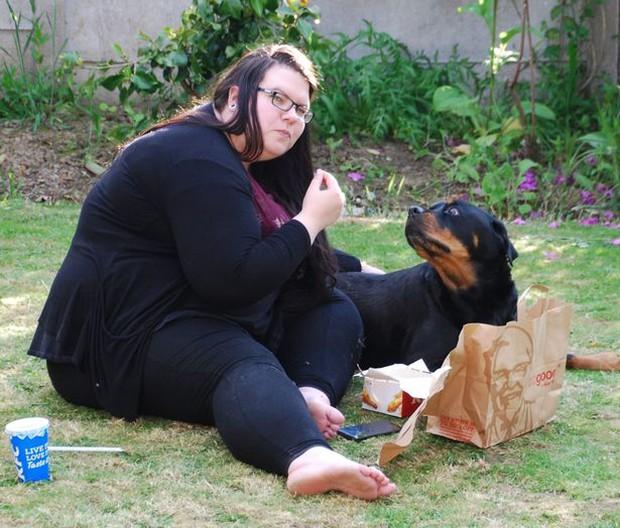 Được bạn trai cầu hôn nhưng tự ti vì nặng 170kg, cô gái nỗ lực giảm cân rồi khiến ai nấy choáng váng trong ngày cưới - Ảnh 2.