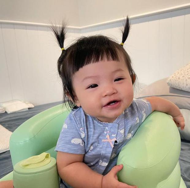 Ngắm vitamin dễ thương tối đầu tuần của 2 mẹ bỉm hào môn Đông Nhi và Đàm Thu Trang: Các mẹ ơi, mau đẻ ngay 1 tiểu công chúa! - Ảnh 11.