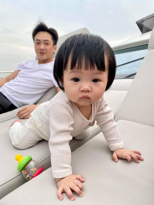 Ngắm vitamin dễ thương tối đầu tuần của 2 mẹ bỉm hào môn Đông Nhi và Đàm Thu Trang: Các mẹ ơi, mau đẻ ngay 1 tiểu công chúa! - Ảnh 8.