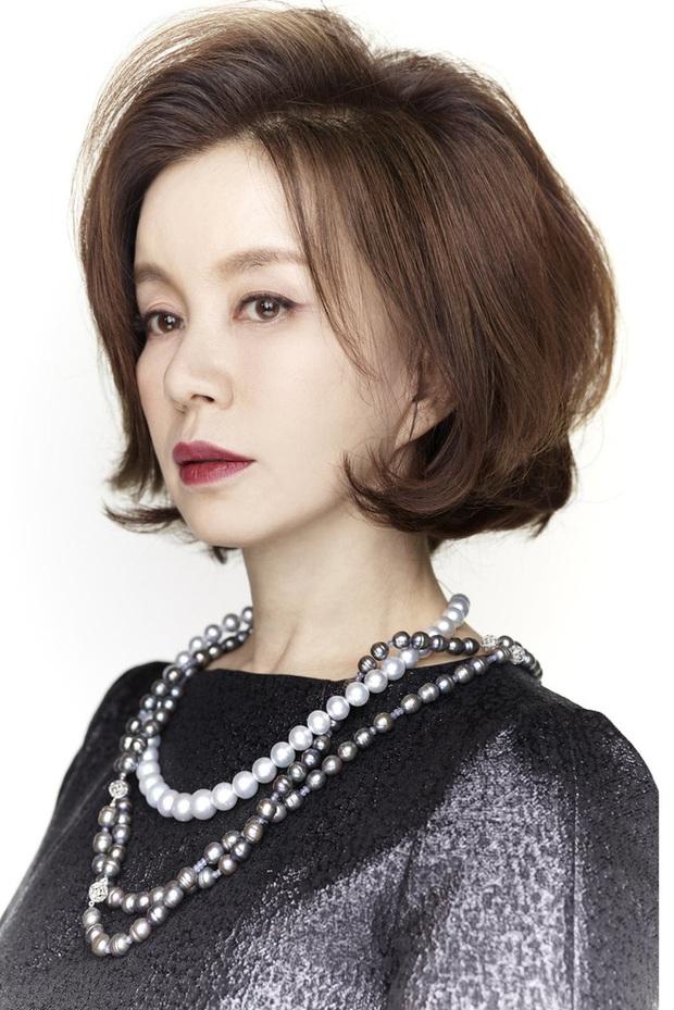 Ngất lịm với nhan sắc ngày trẻ của tình đầu quốc dân đời đầu phim Hàn: Cỡ nào mà Son Ye Jin cũng không có cửa đọ lại? - Ảnh 1.